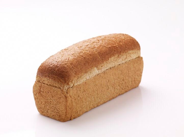 Grof volkoren brood gesneden